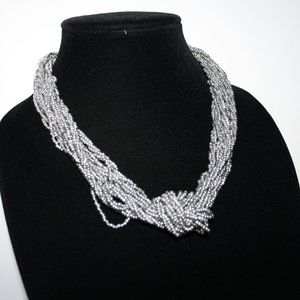 Beautiful silver beaded necklace adjustable